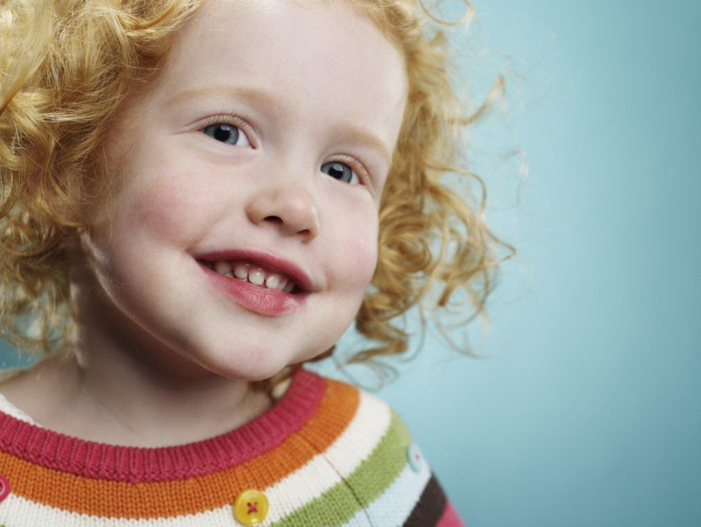 Image of Little girl with curly hair